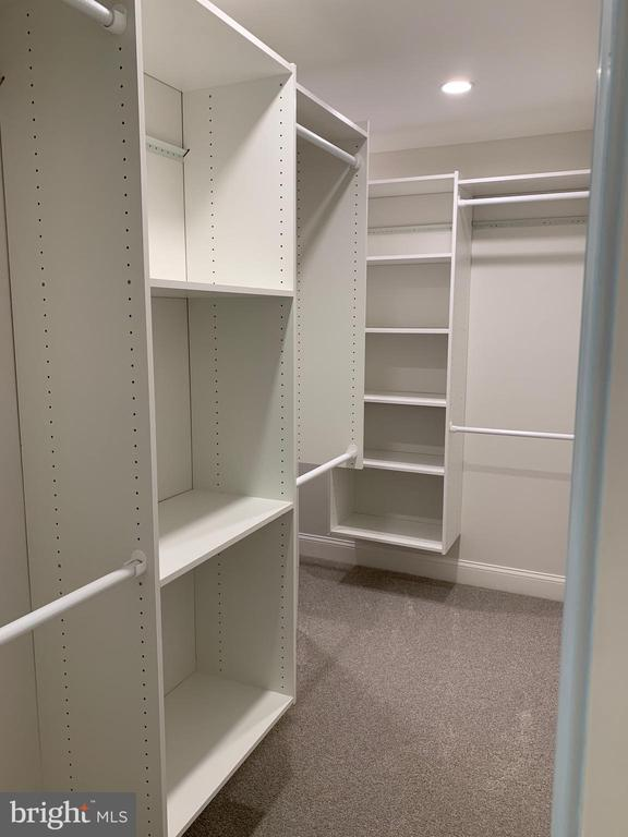 Master built in closet system. - 14182 WYNGATE DR, GAINESVILLE