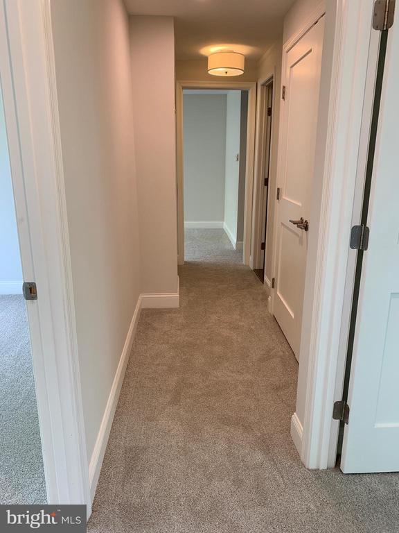 Upstairs hallway. - 14182 WYNGATE DR, GAINESVILLE