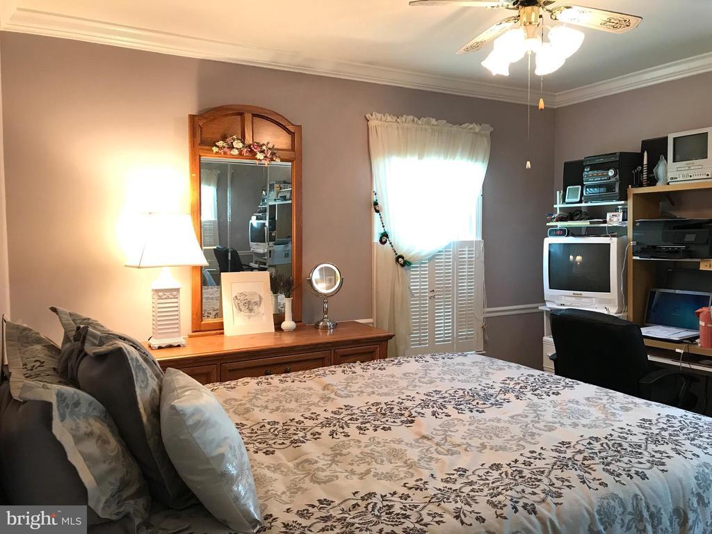 Guest Bedroom 1 - 14864 SWALLOW CT, WOODBRIDGE