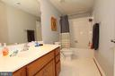 Lower level full bathroom - 21716 MUNDAY HILL PL, BROADLANDS
