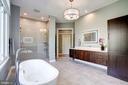 Fully renovated master bathroom is a showplace! - 43705 MAHOGANY RUN CT, LEESBURG