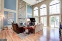 Family room - grand but warm and inviting - 43705 MAHOGANY RUN CT, LEESBURG