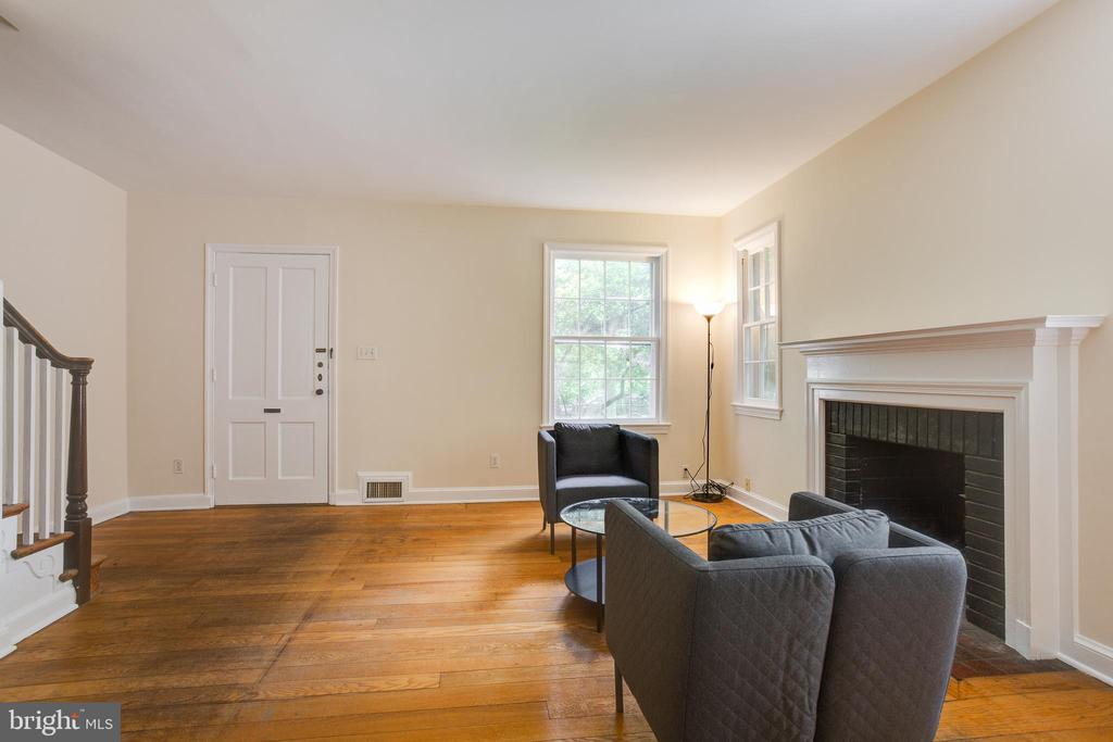 Inviting living room with fireplace - 5033 V ST NW, WASHINGTON
