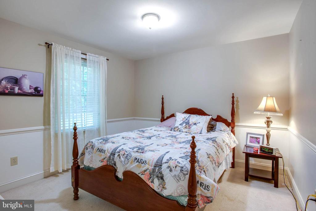 1st floor bedroom - 9600 TREEMONT LN, SPOTSYLVANIA