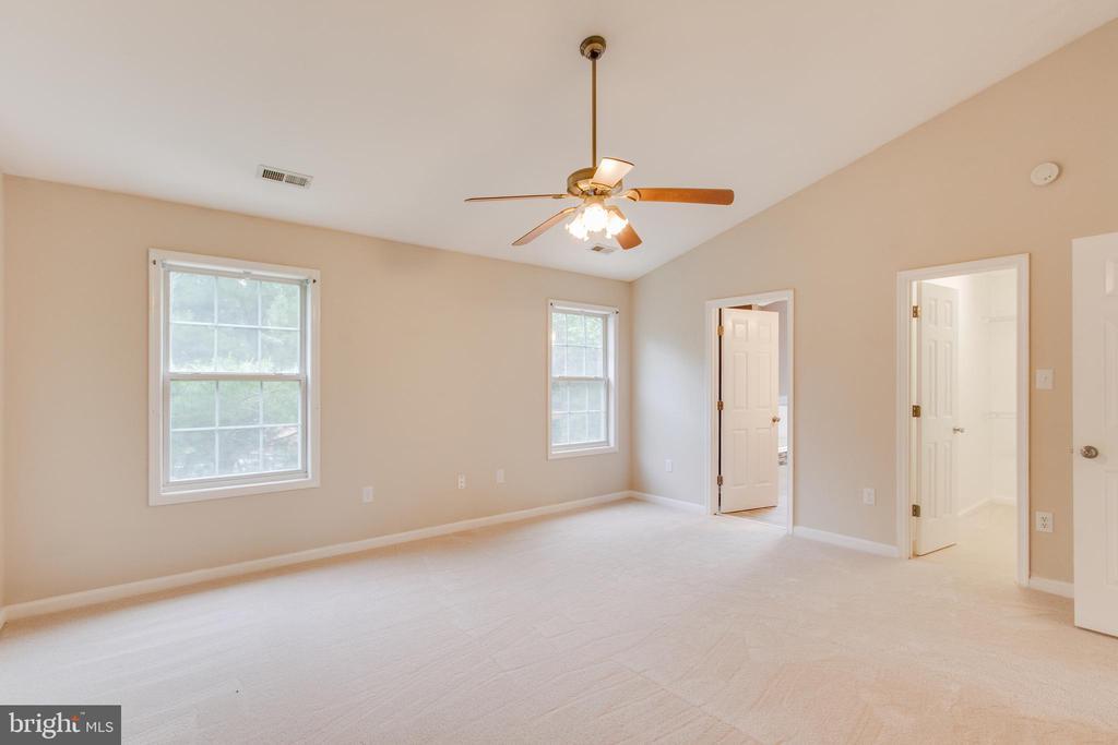 Master New Carpet - 9 CARISSA CT, STAFFORD