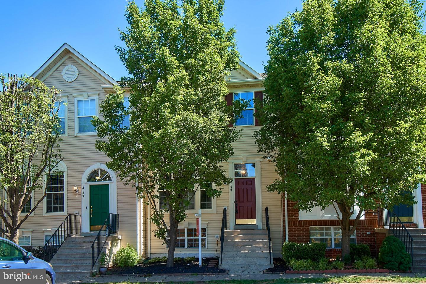 Single Family for Sale at 14180 Hunters Run Way Gainesville, Virginia 20155 United States