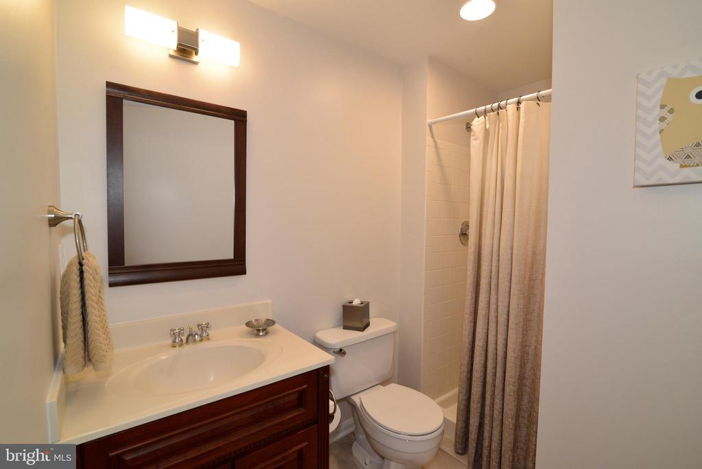 Lower level bathroom - 11296 SILENTWOOD LN, RESTON