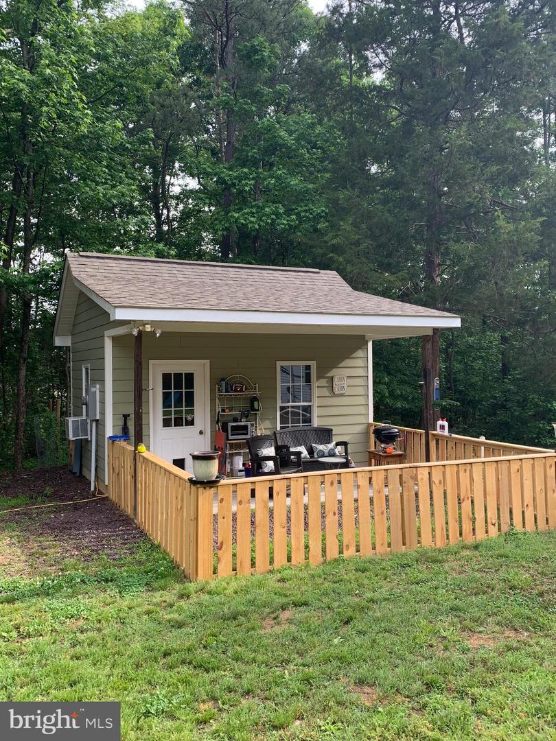 Land for Sale at Hustle, Virginia 22476 United States