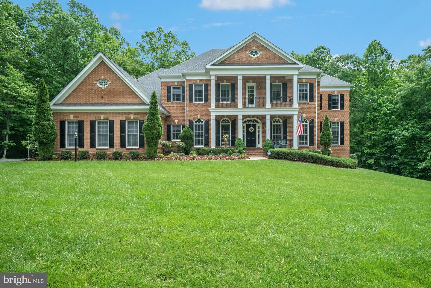 Single Family for Sale at 4371 Windermere View Pl Woodbridge, Virginia 22192 United States
