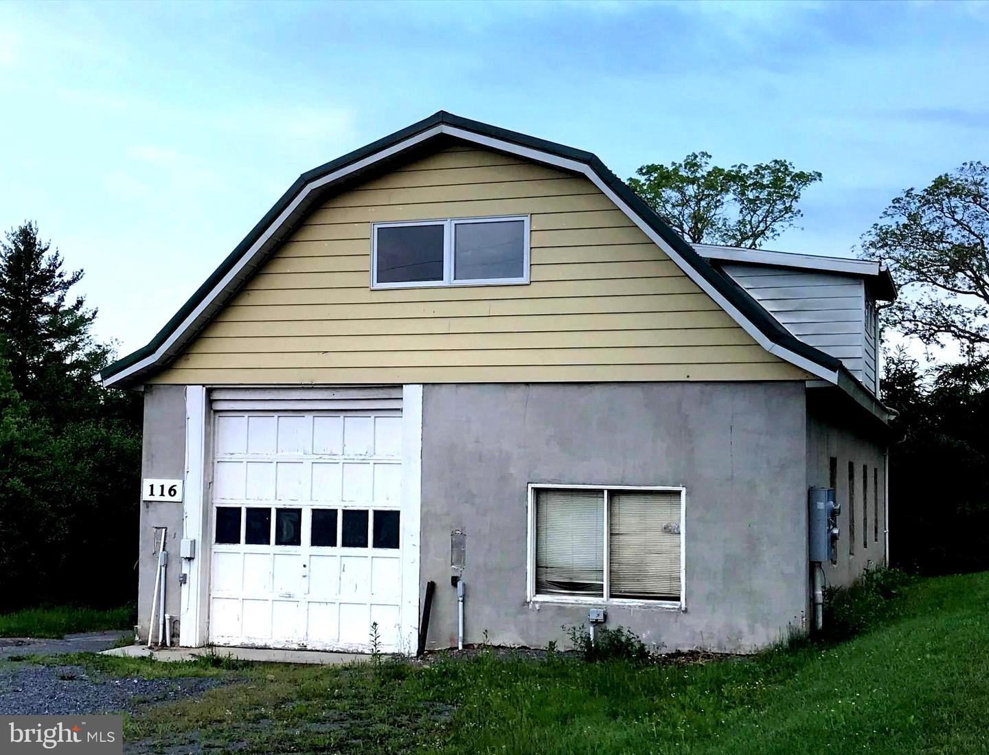 Single Family for Sale at 116 N 8th St Oakland, Maryland 21550 United States