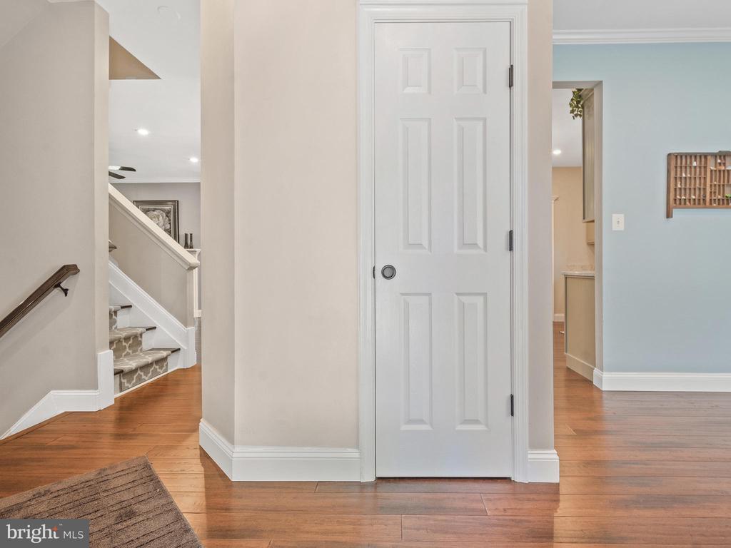Foyer - 15528 BOAR RUN CT, MANASSAS