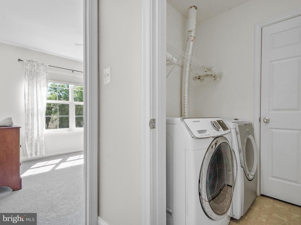 2nd Level Laundry Room - 15528 BOAR RUN CT, MANASSAS