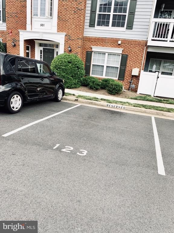 Reserved parking space #123,  close to front ent. - 501 CONSTELLATION SQ SE #C, LEESBURG