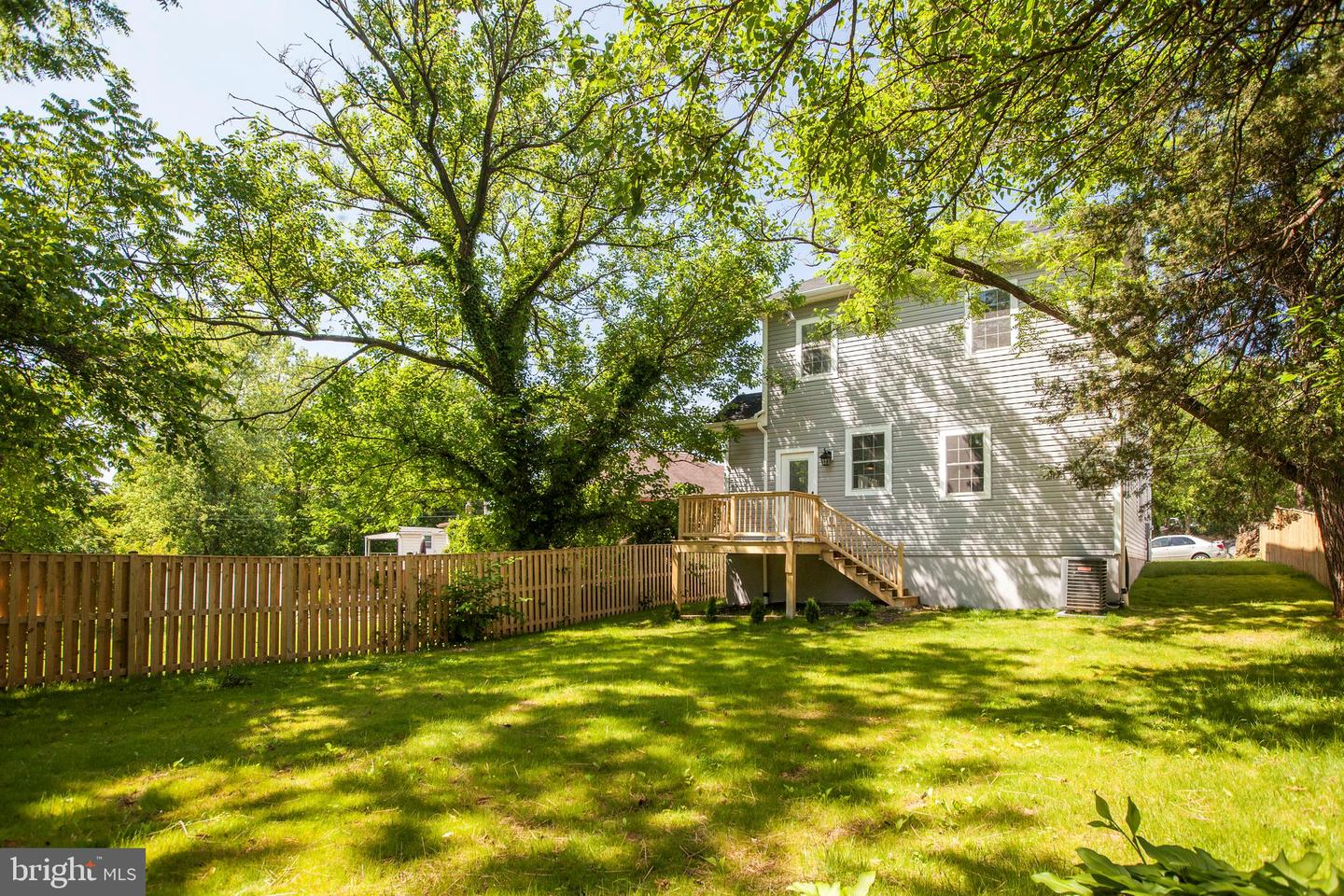 Additional photo for property listing at  Mount Rainier, Maryland 20712 États-Unis
