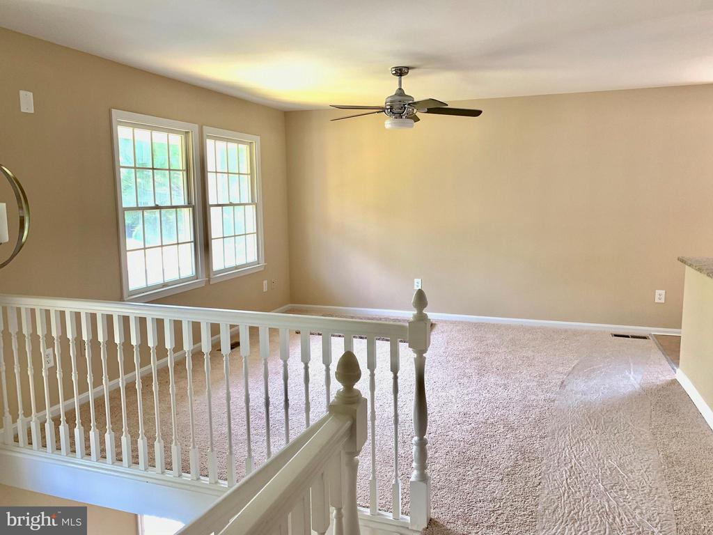 Family room - 3 GOVERNORS DR SW, LEESBURG