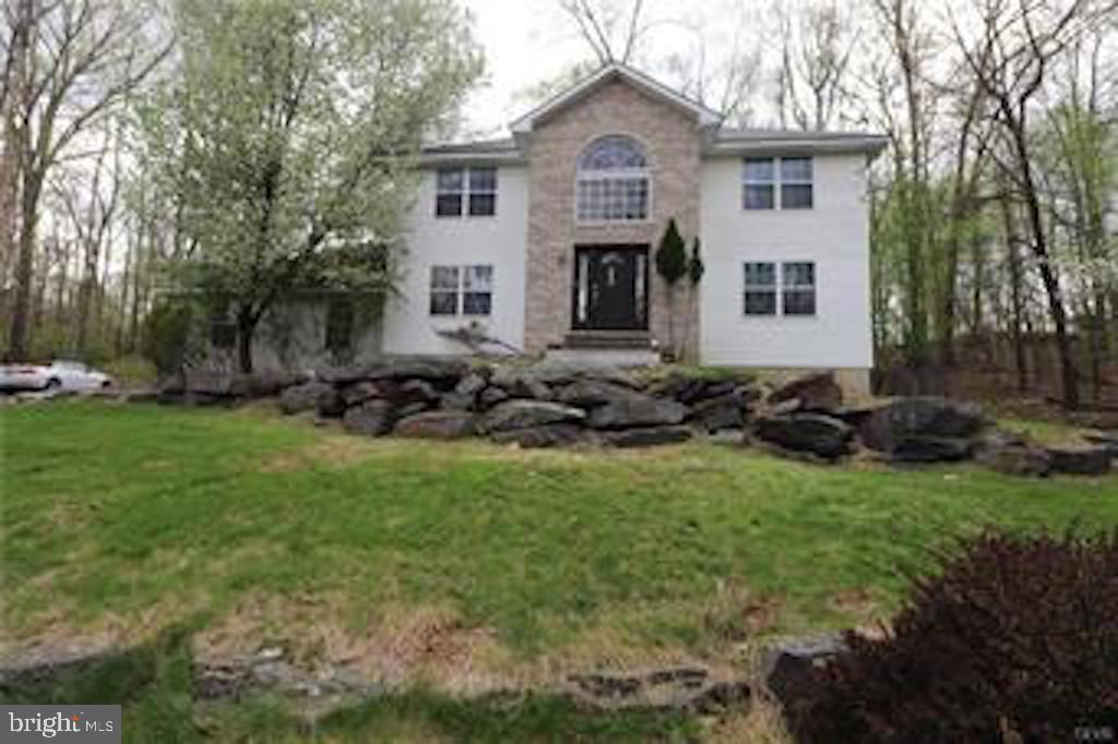 Single Family Homes for Sale at Tannersville, Pennsylvania 18372 United States