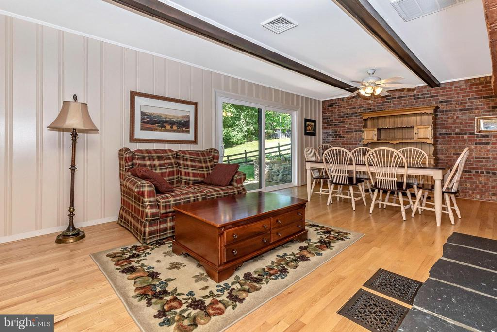 Another view of family area and dining area - 6617 BROWNS QUARRY RD, SABILLASVILLE