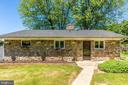 Custom Stone ranch style - 6617 BROWNS QUARRY RD, SABILLASVILLE