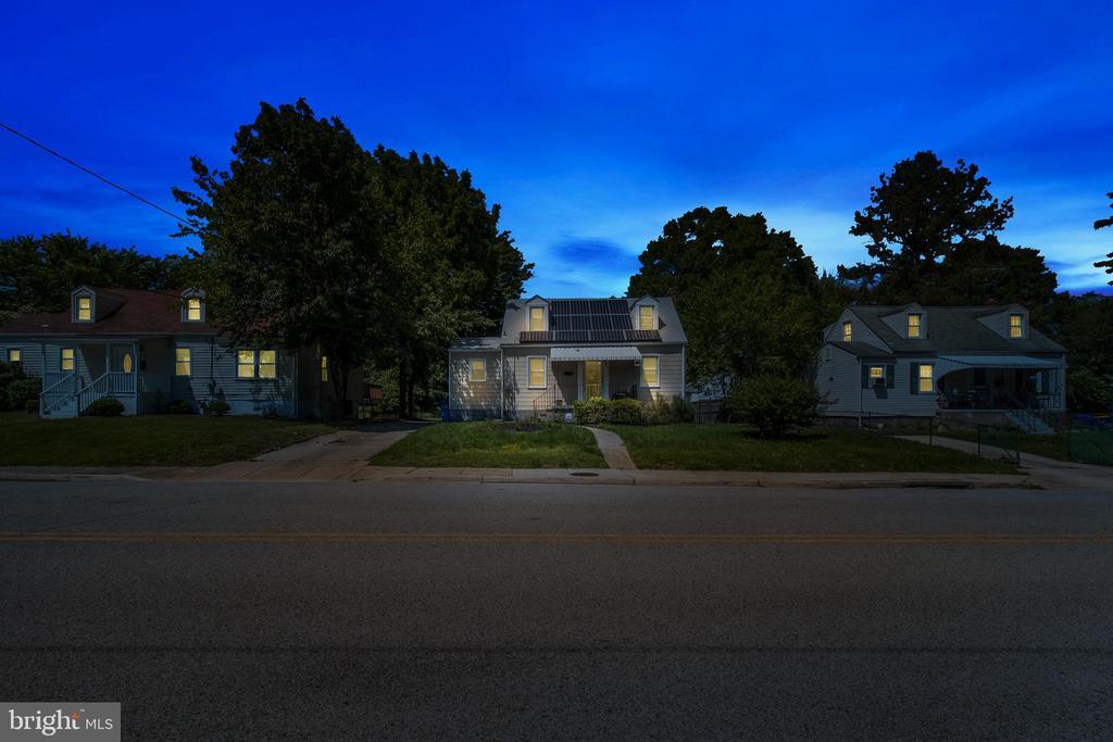 Twilight Street View - 6806 MARIANNE DR, MORNINGSIDE