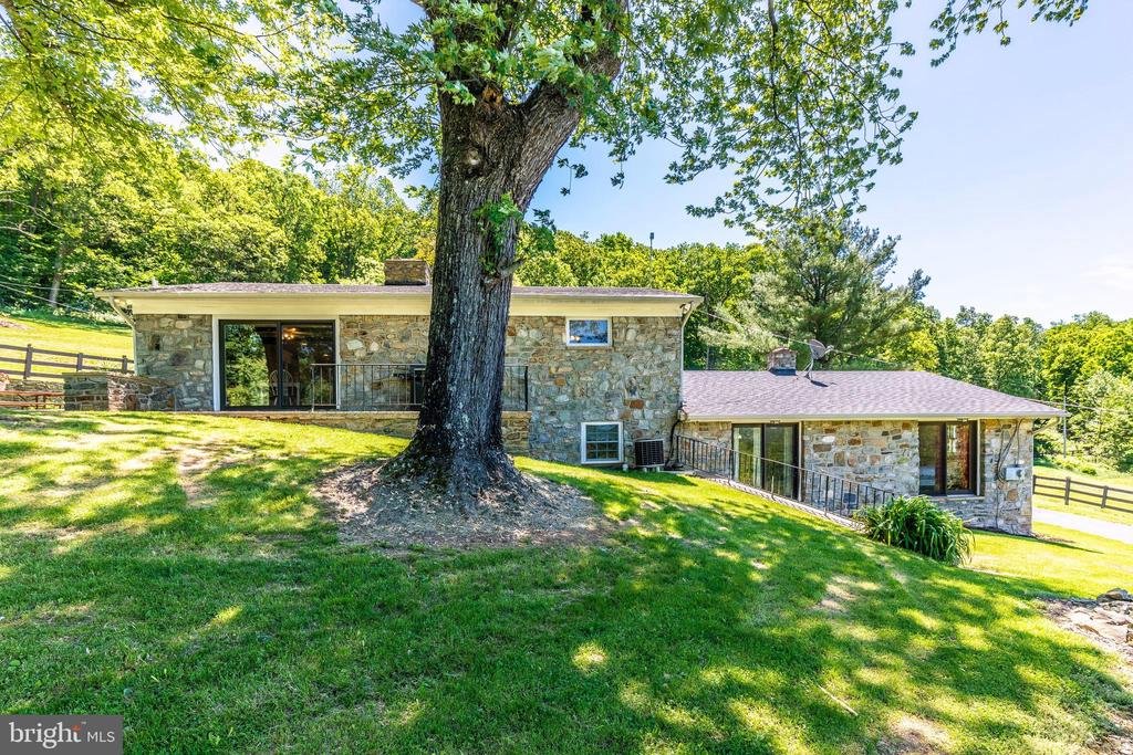 Back picture - 6617 BROWNS QUARRY RD, SABILLASVILLE