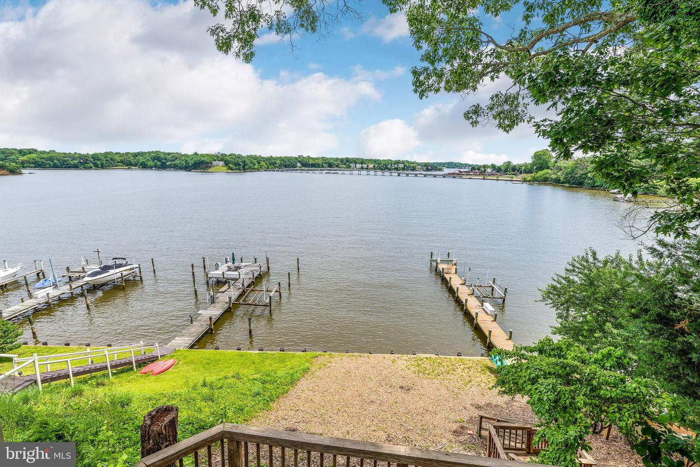 Single Family for Sale at 42 Shore Walk Rd Riva, Maryland 21140 United States