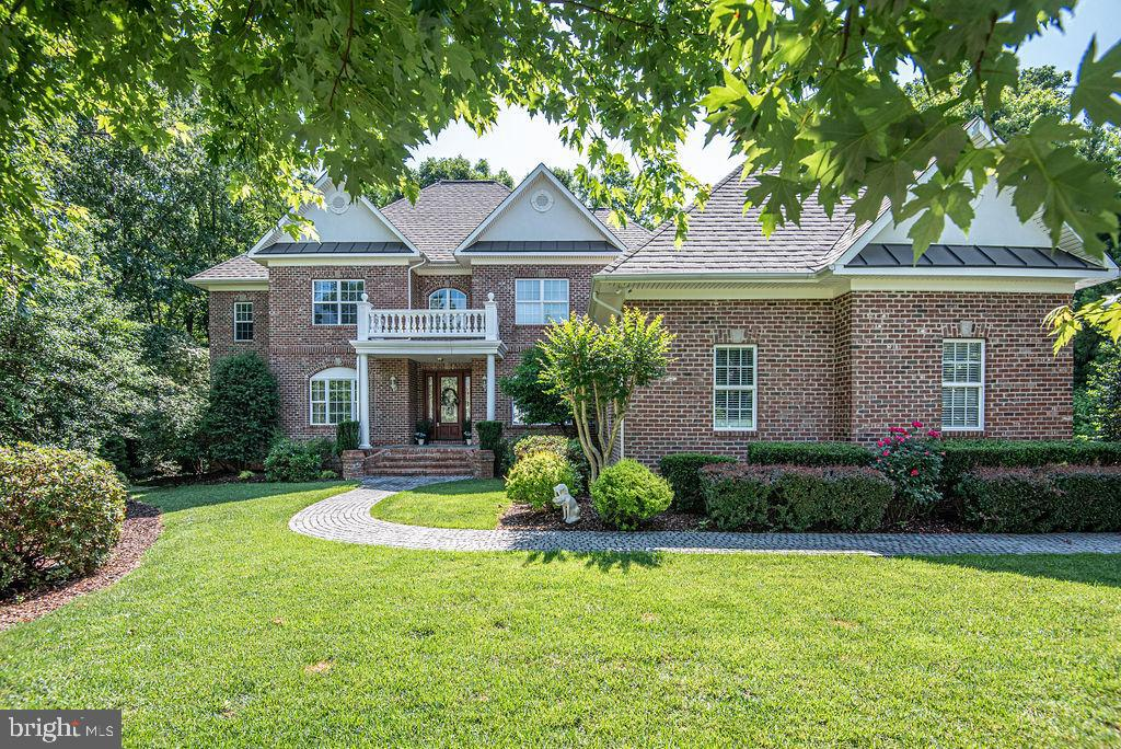 Full Brick Stunner w/ Cobble Stone Walk - 11207 KNOLLS END, SPOTSYLVANIA