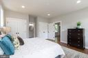 Main level master bedroom - 12107 FAIRFAX HUNT RD, FAIRFAX
