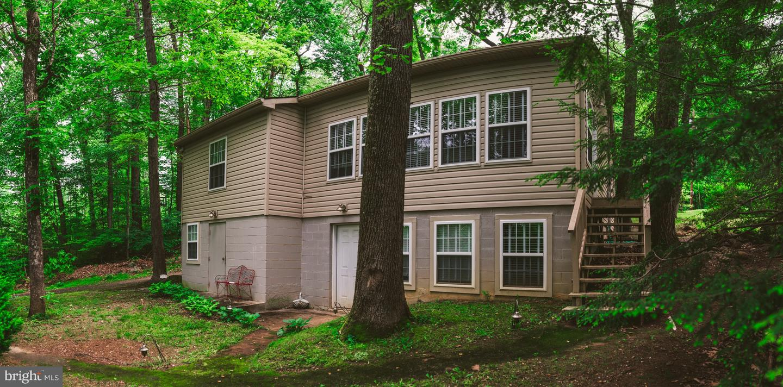 Single Family Homes のために 売買 アット Falling Waters, ウェストバージニア 25419 アメリカ