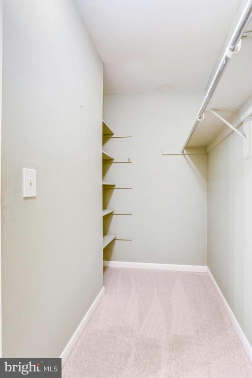 Master BR large walk in closet w/shelving - 1955 WINTERPORT CLUSTER, RESTON