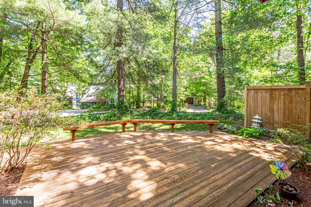 Walk out onto your own private oasis! - 1955 WINTERPORT CLUSTER, RESTON