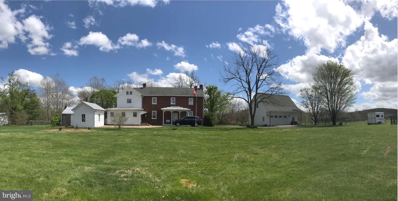 Single Family Homes للـ Sale في Waynesboro, Virginia 22980 United States