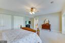 Private lower level bedroom - 17072 SILVER CHARM PL, LEESBURG