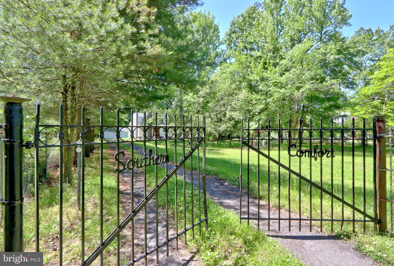 Single Family Homes para Venda às Gibbsboro, Nova Jersey 08026 Estados Unidos
