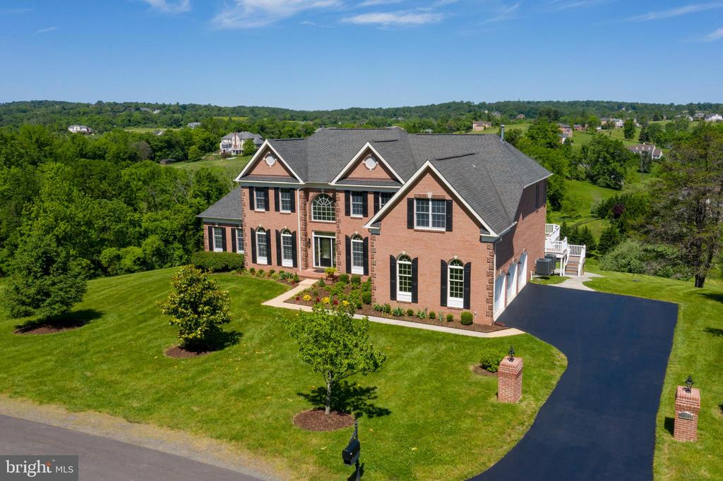 Drone Exterior Front View - 18131 PERTHSHIRE CT, LEESBURG