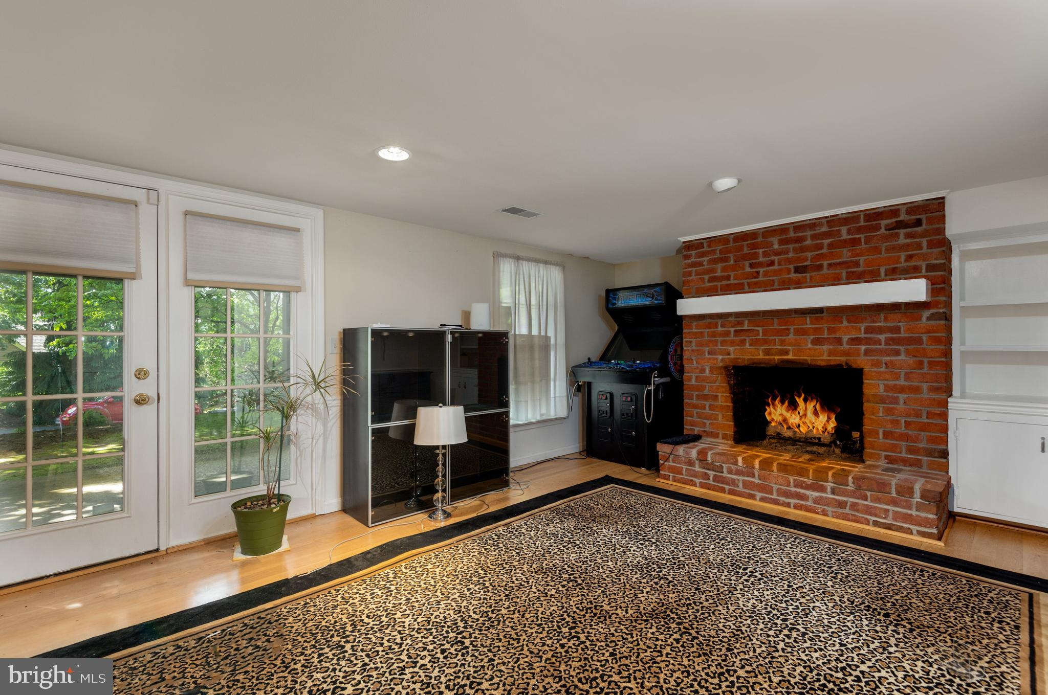 Finished Basement with Gas Fireplace & Bar