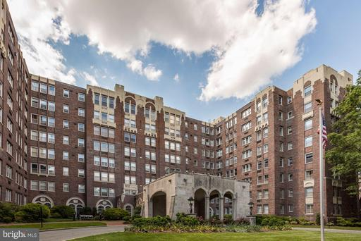 4000 CATHEDRAL AVE NW #348-349B