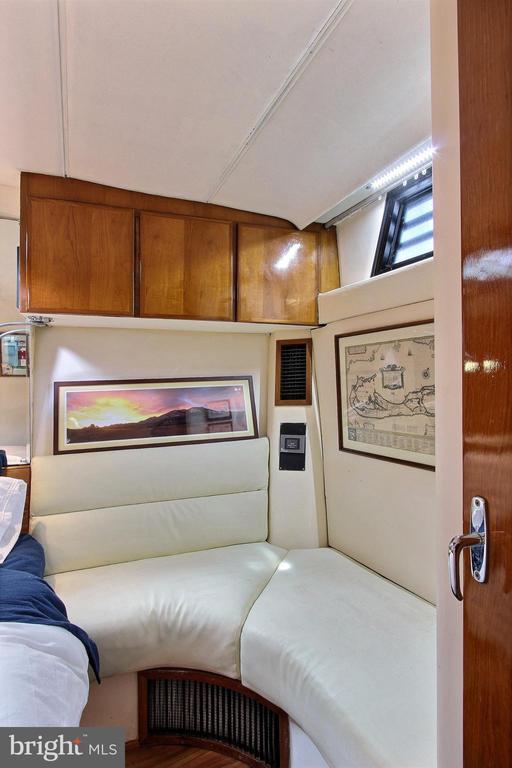 Master Bedroom Sitting Area - 600 WATER ST SW #Z-8, WASHINGTON