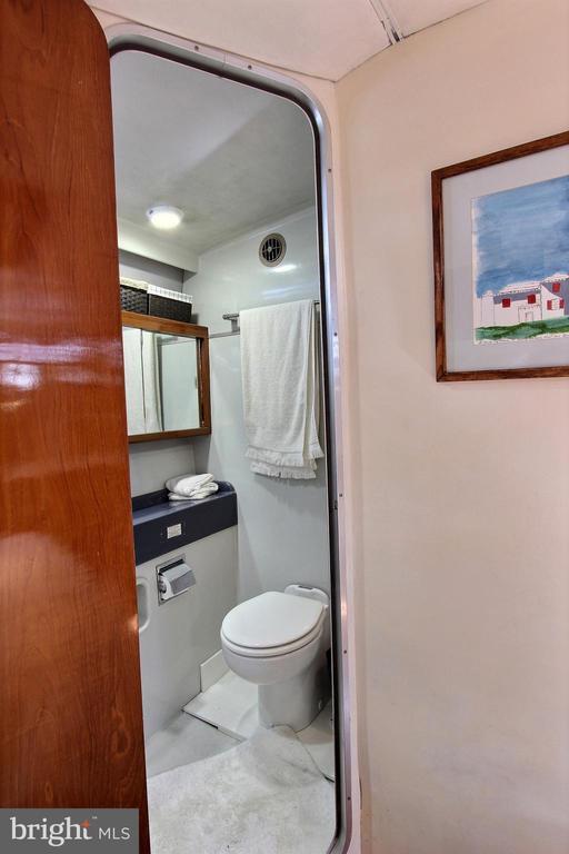 Master Bath - 600 WATER ST SW #Z-8, WASHINGTON