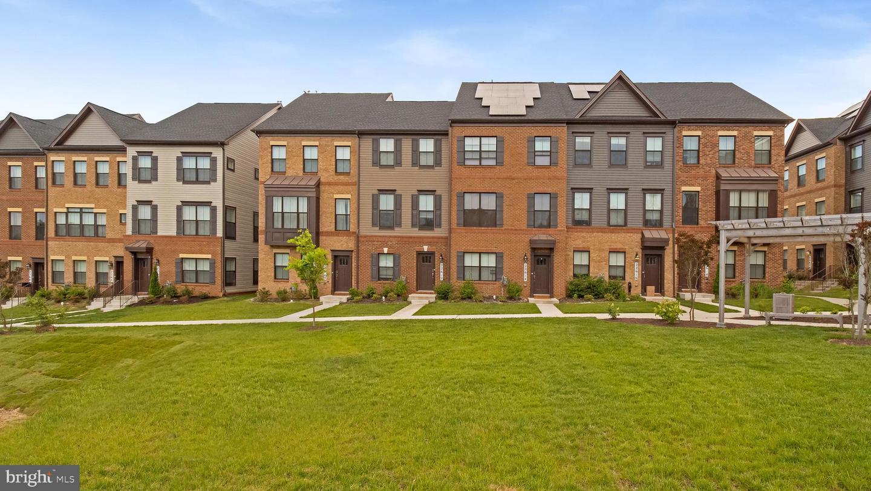 Single Family for Sale at 22642 Observation Dr Clarksburg, Maryland 20871 United States