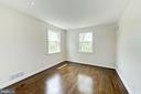 - 4401 SEDGWICK ST NW, WASHINGTON
