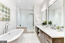 Designer master bath - 624 8TH ST NE #101, WASHINGTON