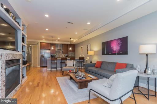 2448 ONTARIO RD NW #2