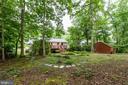 Large backyard - 4307 ARGONNE DR, FAIRFAX
