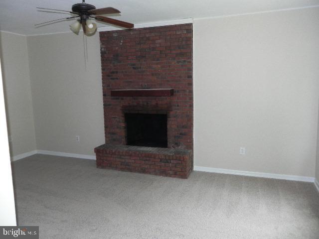 Family Room Fireplace - 7005 LOMBARD LN, FREDERICKSBURG
