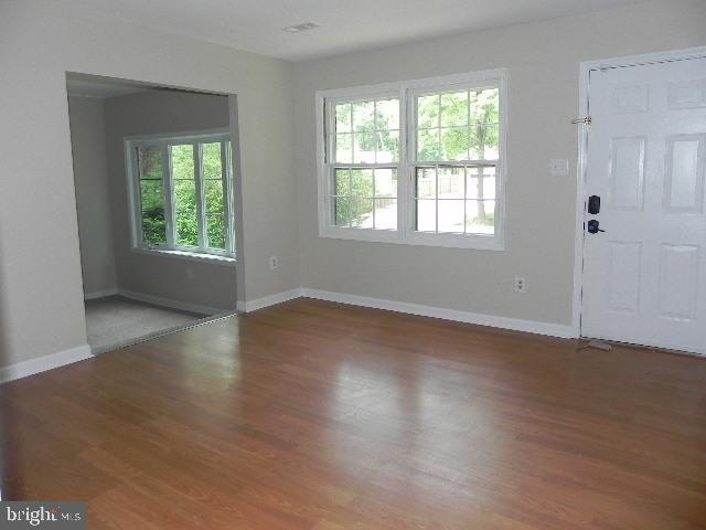 Living Room - 7005 LOMBARD LN, FREDERICKSBURG