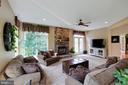 Family Room - 42835 CONQUEST CIR, BRAMBLETON