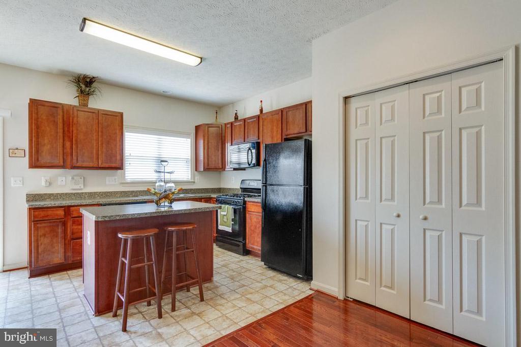 Kitchen - 107 STINGRAY CT, STAFFORD
