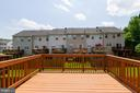 Large Deck overlooking yard - 107 STINGRAY CT, STAFFORD