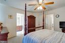Owner's Bedroom to En Suite - 107 STINGRAY CT, STAFFORD
