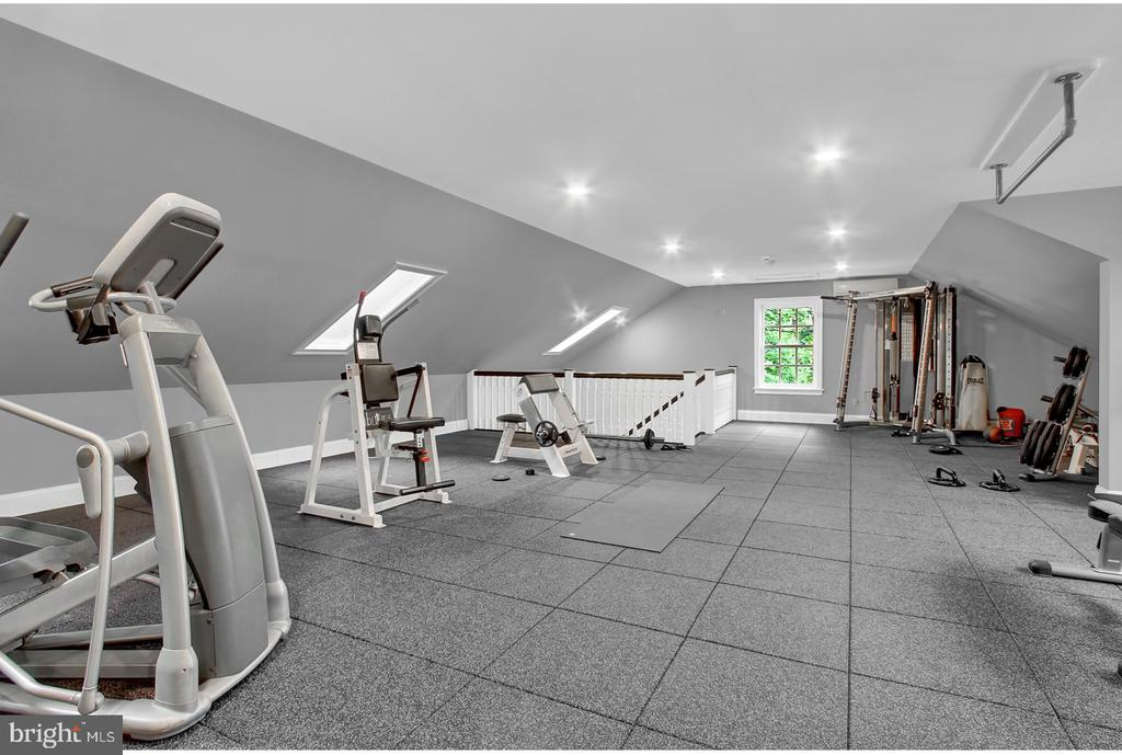 EXERCISE ROOM OVER GARAGE - 1848 CIRCLE RD, TOWSON